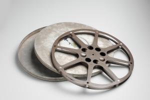 16mm_film_reel_(6498649123)